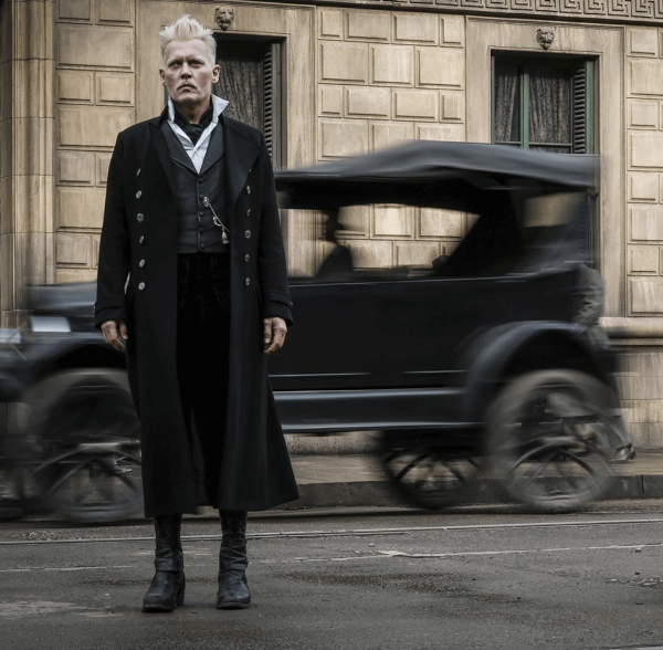 Johnny Depp as Grindelwald in Fantastic Beasts 2. Photo Credit: Warner Bros