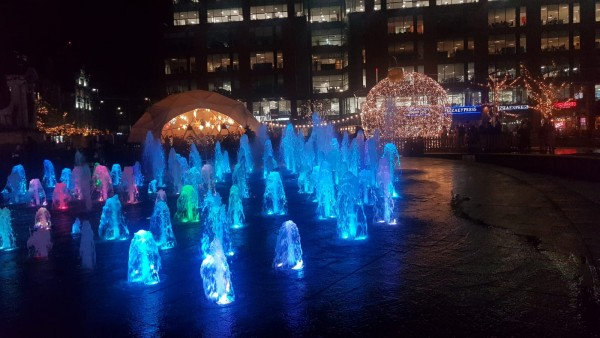 Christmas decorations in Piccadilly garden