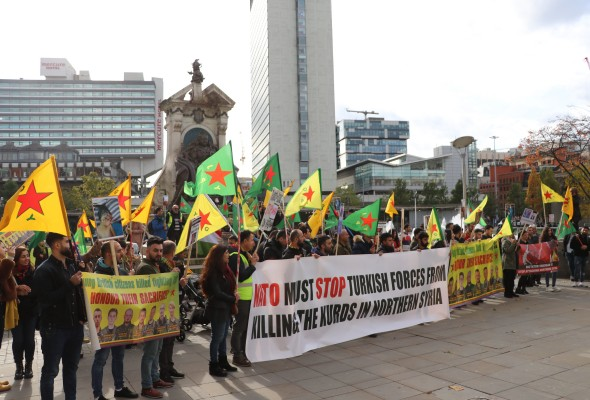 Kurdish Protesters in Piccadilly Gardens