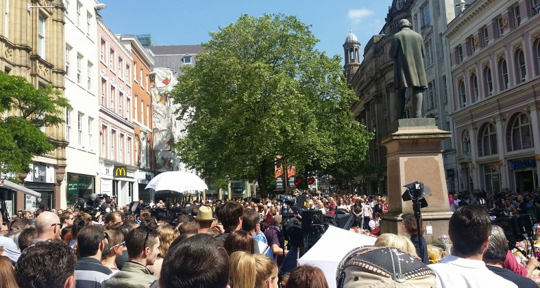 Minute's silence held in St. Anne's Square