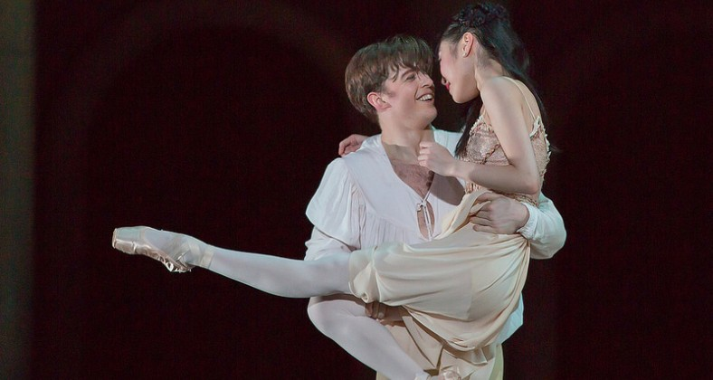 Joseph Caley as Romeo and Momoko Hirata as Juliet - photo Andrew Ross